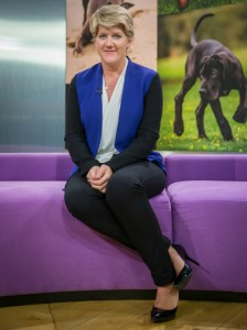Clare Balding at Crufts (credit Andy Biggar & the Kennel Club for use)